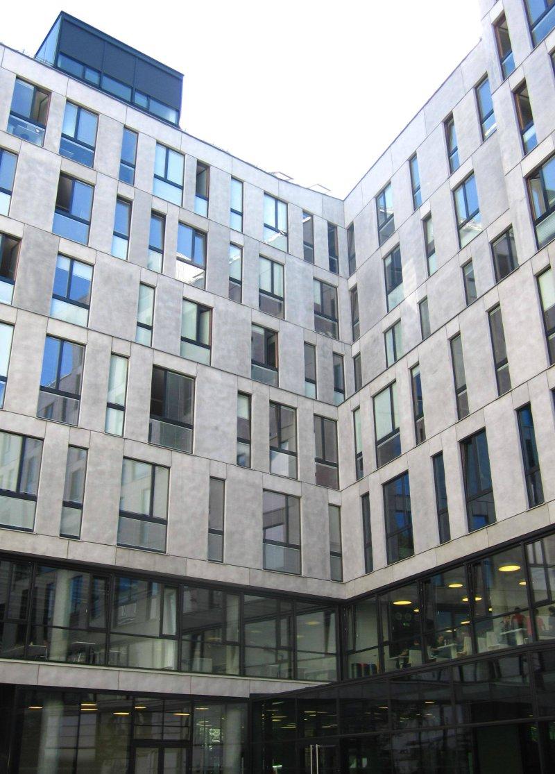 Precast Concrete Buildings : Public buildings made with precast concrete elements