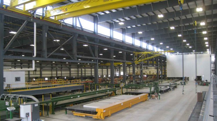 Highly automated precast concrete production